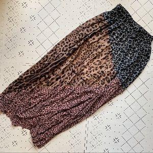 Patchwork leopard print pleated maxi skirt